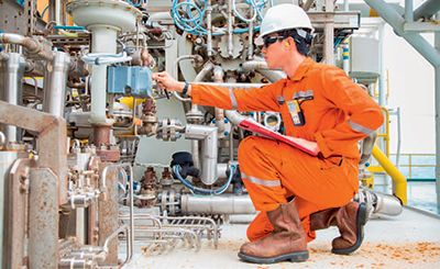 Regular inspection of oil samples helps to prevent damage by knowing when to replace the oil.